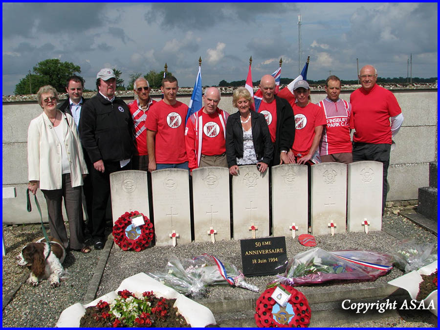 Gannes - Finsbury Park Cycling Club and the families of the airmen