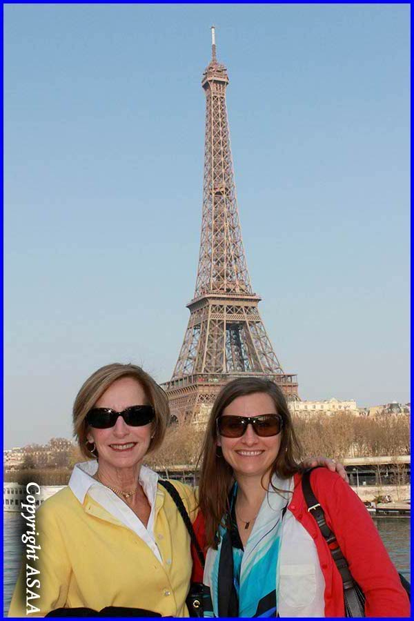 Paris -Jane Smith et Sarah