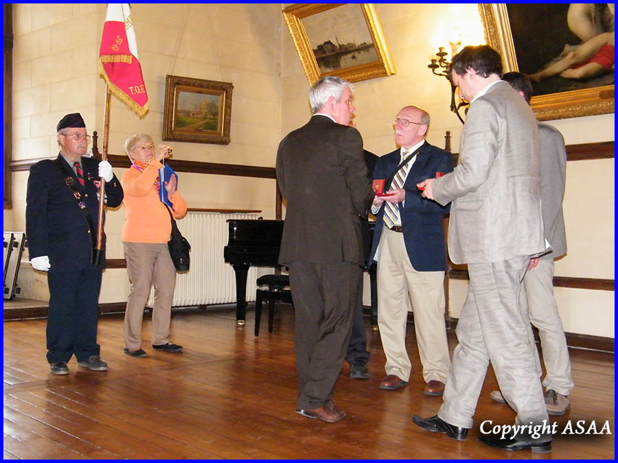 Clermont - Robert and Douglas Shevchik awarded the Medal of the town