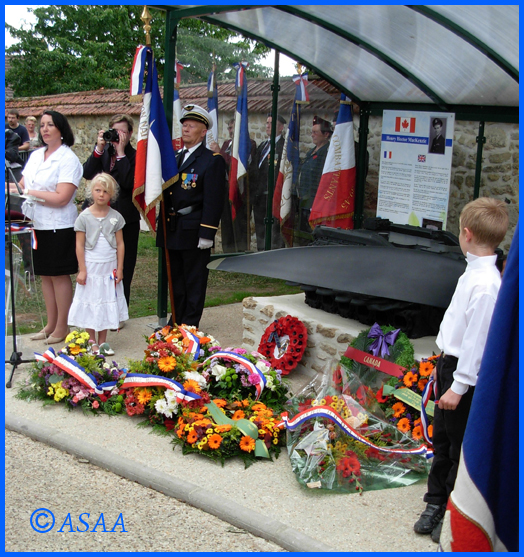 Sacy-le-Grand - Inauguration of the monument in memory of F/O MacKenzie
